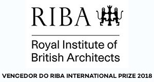 Logo do Riba - Royal Institute British Architects - Vencedor do Prêmio 2018