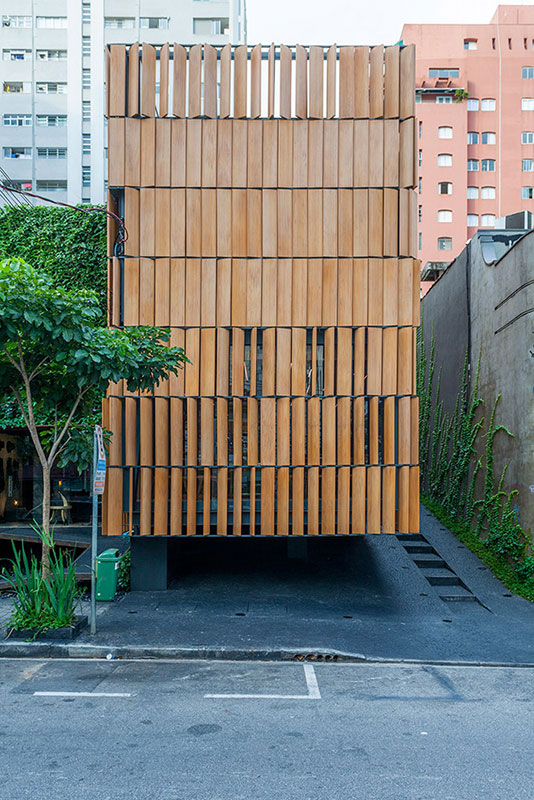 Restaurante e Estúdio Bossa - Projeto do Escritório de Arquitetura Rosenbaum. Foto: Tuca Reines
