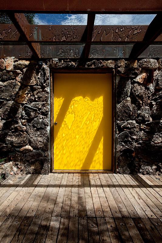 Casa em Campos do Jordão, projeto do escritório de arquitetura Rosenbaum - Foto: Tuca Reines
