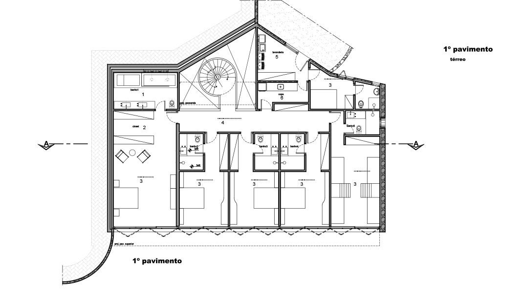 Casa em Campos do Jordão, projeto do escritório de arquitetura Rosenbaum - Planta 2 de 4